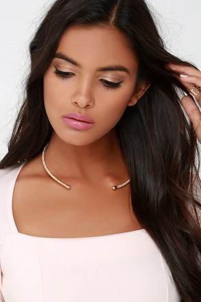 Strike it Rich Gold Collar Necklace at Lulus.com!