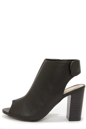 Bamboo Kenedy 02 Black Peep Toe Booties