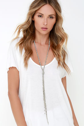 Chains Your Mind Silver Tassel Necklace at Lulus.com!