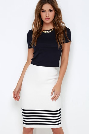 JOA Behind the Scenes Black and Ivory Striped Pencil Skirt at Lulus.com!
