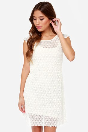 Black Swan Bella Donna Cream Lace Dress