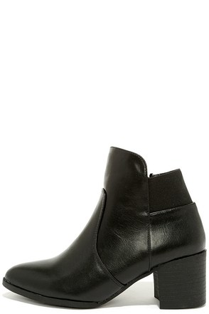 Land of the Posh Black Ankle Boots at Lulus.com!