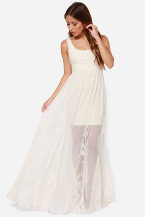 Make My Daydream Cream Lace Maxi Dress