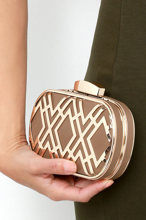 Time for Takeoff Gold and Black Clutch at Lulus.com!