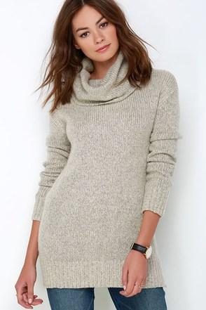 BB Dakota Moxie Light Grey Sweater at Lulus.com!