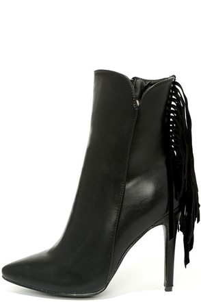 Manhattan Breeze Black High Heel Fringe Booties at Lulus.com!
