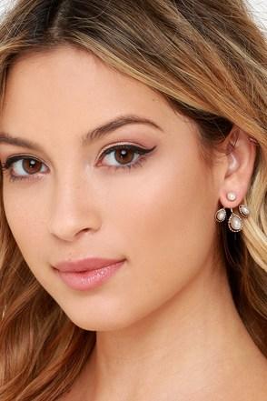 Impressive Iota Gold and Pearl Ear Jackets at Lulus.com!