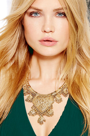 Heart Chakra Gold Statement Necklace at Lulus.com!