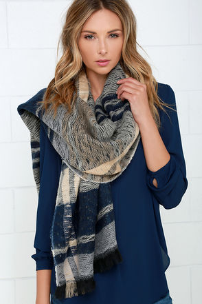 Fireside Friends Navy Blue and Beige Plaid Reversible Scarf at Lulus.com!