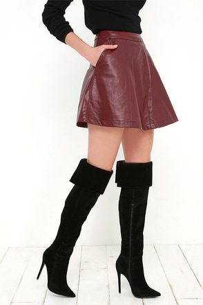 Good to Be Bad Chestnut Brown Suede Over the Knee Boots at Lulus.com!