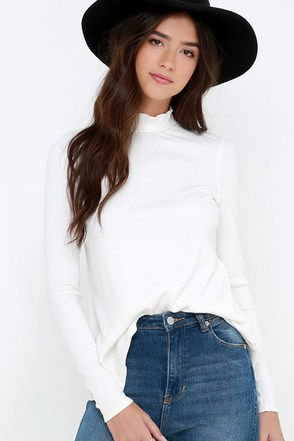 RVCA Common Law Ivory Long Sleeve Top at Lulus.com!