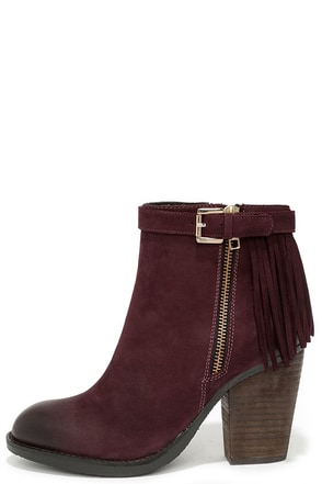 Steve Madden Woodmeer Burgundy Nubuck Leather Fringe Booties at Lulus.com!