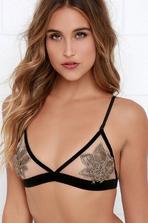 My Two Scents Black and Bronze Floral Bralette at Lulus.com!