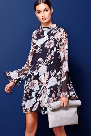 Like and Cher Black Floral Print Shift Dress at Lulus.com!