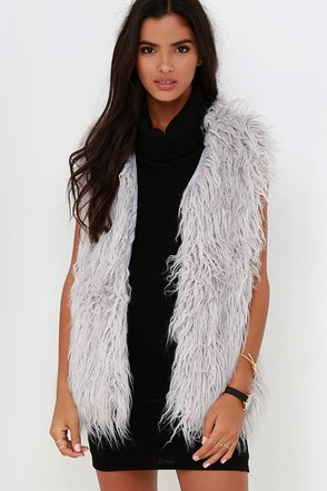 JOA Streamside Grey Faux Fur Vest at Lulus.com!
