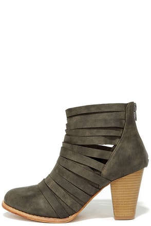 Mountain Peeks Brown Strappy Ankle Boots at Lulus.com!