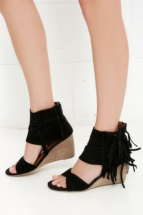 Yellow Box Kenzie Black Suede Leather Fringe Wedge Sandals at Lulus.com!