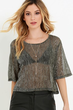 Twinkling Token Black and Gold Crop Top at Lulus.com!