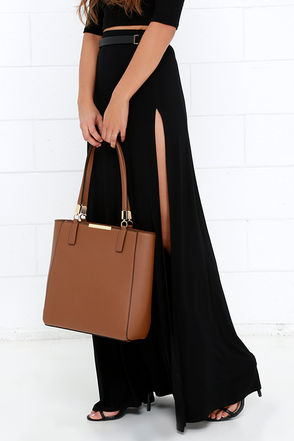 Morning Stroll Taupe Tote at Lulus.com!