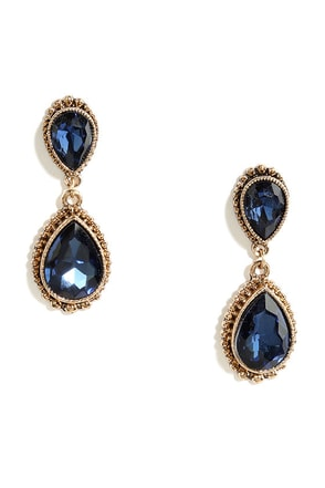 Astute Courtier Gold and Peach Rhinestone Earrings at Lulus.com!