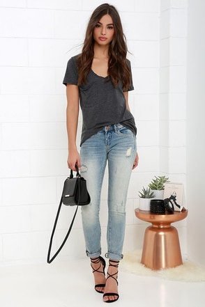 Blank NYC Skinny Classique Distressed Medium Wash Skinny Jeans at Lulus.com!