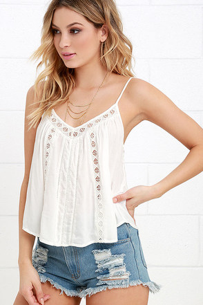 Amuse Society Antigua Ivory Lace Crop Top at Lulus.com!