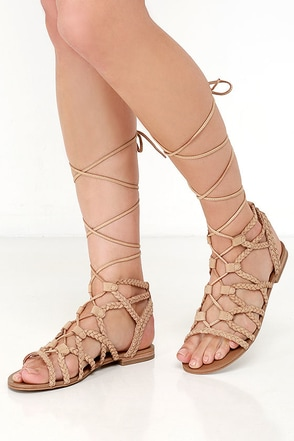 Steve Madden Swyvel Natural Nubuck Leather Gladiator Sandals at Lulus.com!
