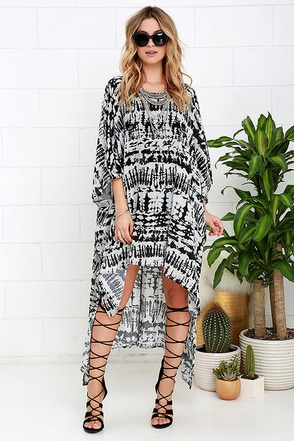 Resort Rendezvous Ivory and Black Print Cover-Up at Lulus.com!