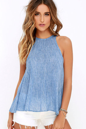 Lucy Love Charlie Light Blue Print Top at Lulus.com!