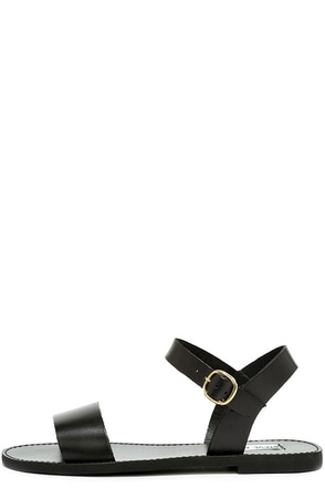 Steve Madden Donddi Black Leather Flat Sandals at Lulus.com!