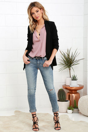 Dittos Selena Light Wash Distressed Skinny Jeans at Lulus.com!