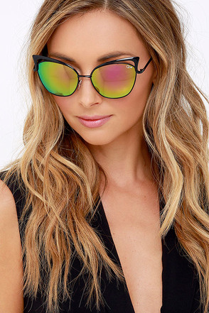 Quay Lana Black and Pink Mirrored Sunglasses at Lulus.com!