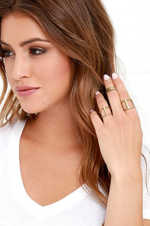 Treasure Hunter Gold Ring Set at Lulus.com!