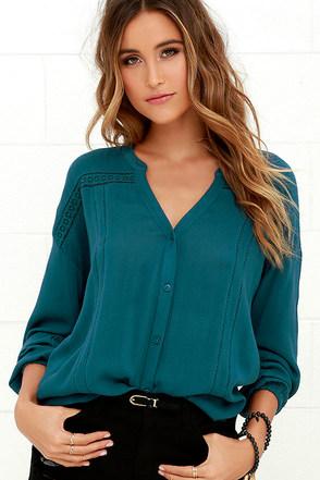 Amuse Society Lennox Teal Blue Long Sleeve Top at Lulus.com!