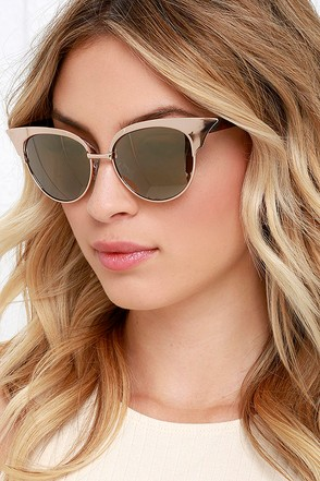 Let Freedom Wing Tortoise and Gold Cat Eye Sunglasses at Lulus.com!