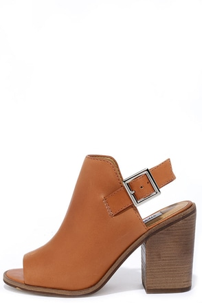 Steve Madden Tallen Tan Suede Leather Peep-Toe Booties at Lulus.com!