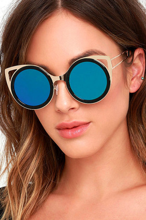 Future Insight Black and Blue Mirrored Sunglasses at Lulus.com!