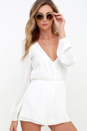 Postcards from Cabo Ivory Embroidered Romper at Lulus.com!