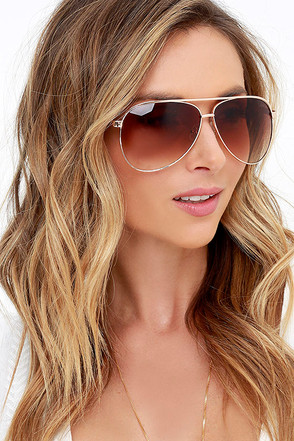 Quay Top Gun Gold Aviator Sunglasses at Lulus.com!