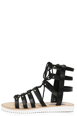 Steve Madden Maybin Black Leather Gladiator Sandals at Lulus.com!