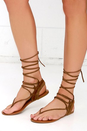 Steve Madden Walkitt Chestnut Suede Leather Lace-Up Sandals at Lulus.com!