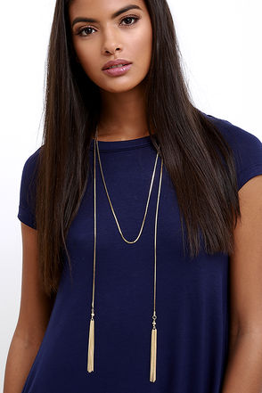 Dinner Date Gold Tassel Necklace at Lulus.com!