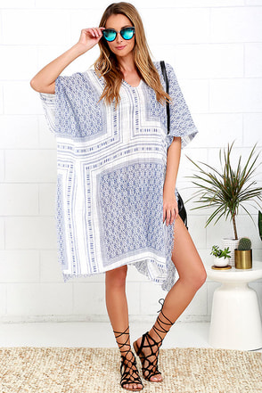 So Excited! Blue and Ivory Print Kaftan Cover-Up at Lulus.com!