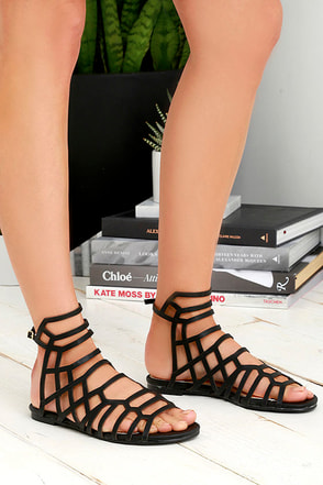 Sunny Girl Black Gladiator Sandals at Lulus.com!