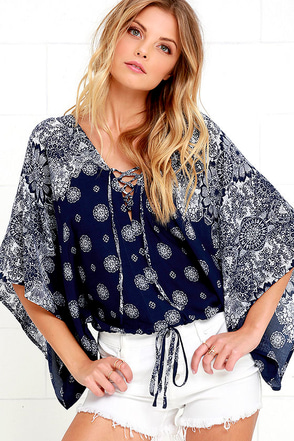 Butterfly Transformation Navy Blue Print Crop Top at Lulus.com!
