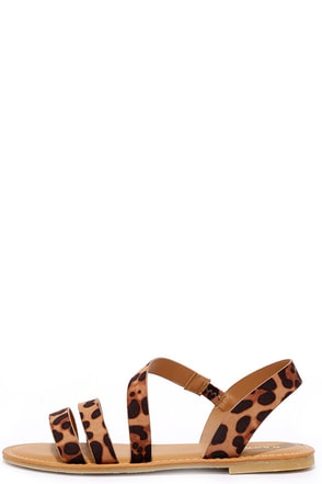 Fiesta Forever Leopard Print Sandals at Lulus.com!