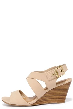 Chic-ly Speaking Tan Wedge Sandals at Lulus.com!