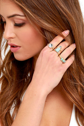 Chambers of Reflection Gold and Turquoise Ring Set at Lulus.com!