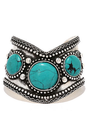 El Rancho Silver and Turquoise Cuff Bracelet at Lulus.com!