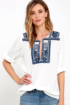 Maraca Rhythm Blue and Ivory Embroidered Top at Lulus.com!